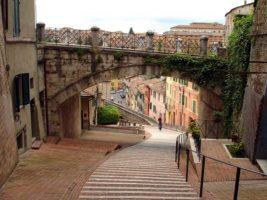 Treni Roma Perugia